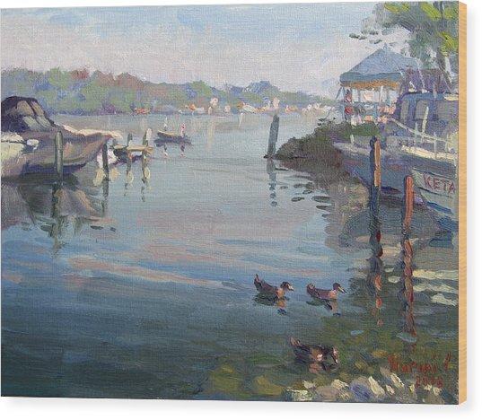 Morning At The Shores Wood Print