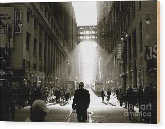 Morning In Manhattan Wood Print by Jerry Patterson