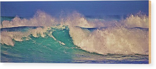 Morning Light On Breaking Waves Wood Print