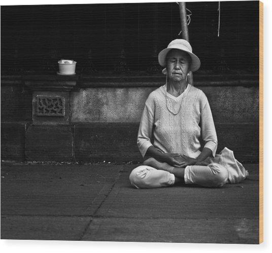 Morning Meditation At Toronto City Hall Wood Print