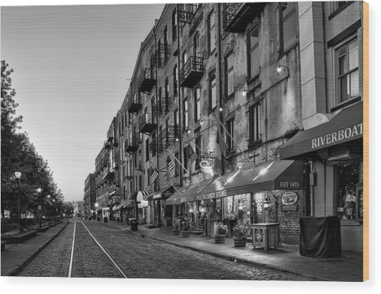 Morning On River Street In Black And White Wood Print