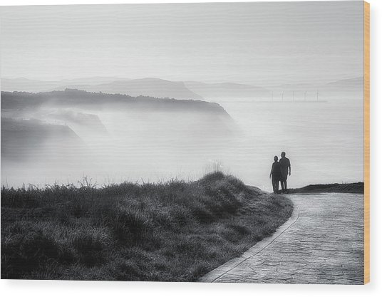 Morning Walk With Sea Mist Wood Print