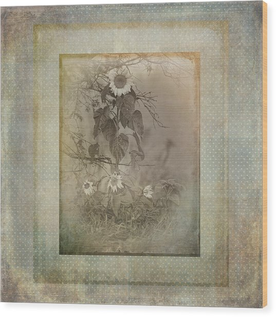 Mother And Child Reunion Vintage Frame Wood Print