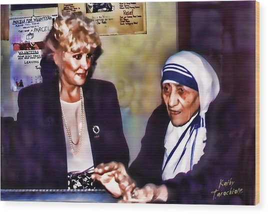 Mother Teresa In Calcutta Wood Print by Kathy Tarochione