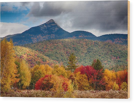 Peak Fall Colors On Mount Chocorua Wood Print