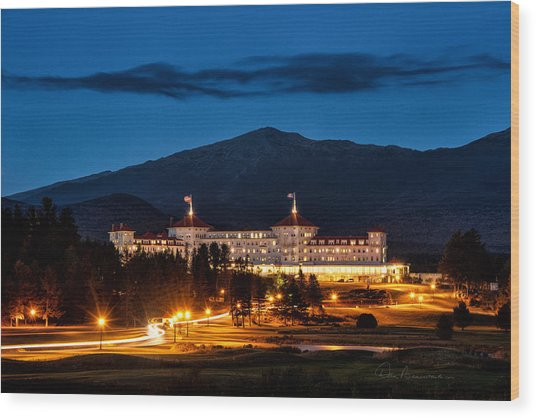 Mount Washington Hotel 9068 Wood Print