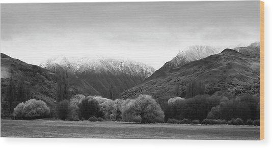 Mountain Grandeur Wood Print