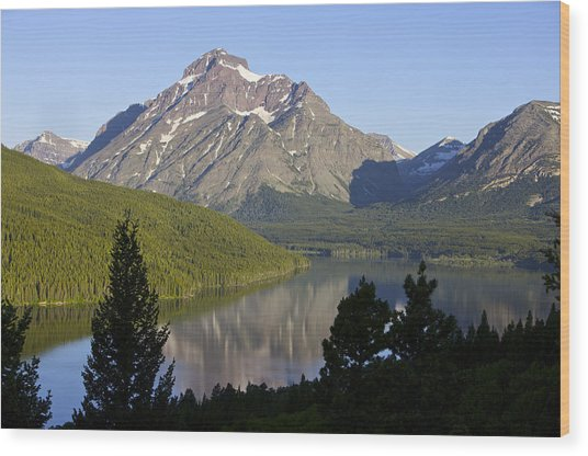 Mountain Lake Wood Print by Richard Steinberger