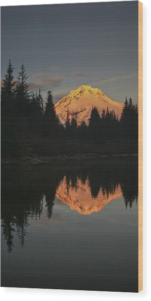 Mt Hood Alpenglow II Wood Print