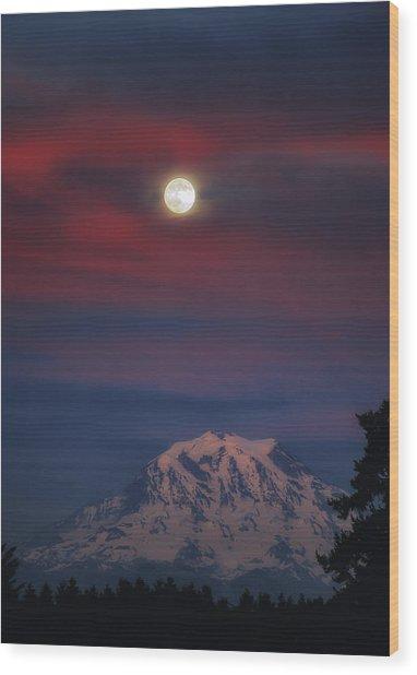 Mt Rainer Super Moon Wood Print