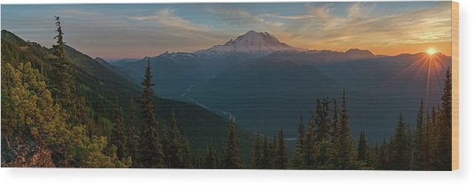 Mt Rainier Sunset Glow Wood Print
