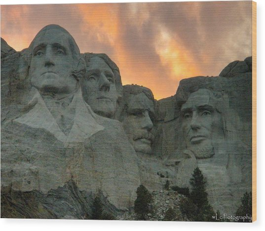 Mt. Rushmore Wood Print