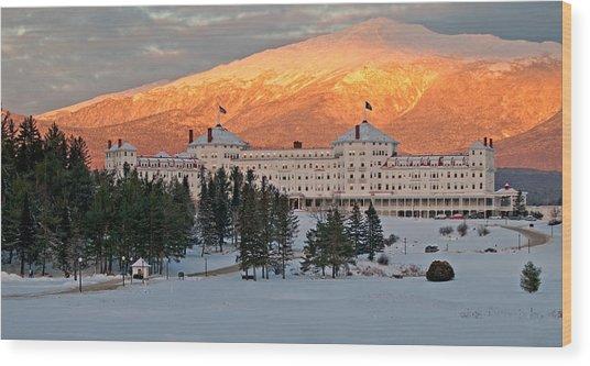 Mt. Washinton Hotel Wood Print