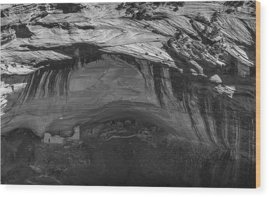 Mummy Cave Wood Print by Joseph Smith