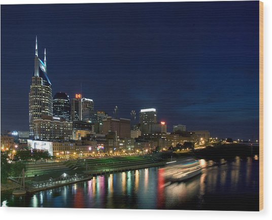 Music City Queen At Nashville Wood Print