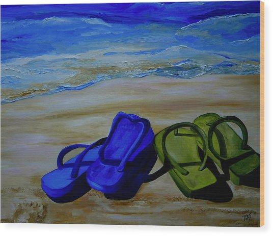 Naked Feet On The Beach Wood Print