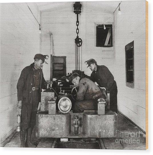 Nanticoke Pa Buttonwood Colliery Inman Shaft Glen Alden Coal Underground Motor Pit 1945 Wood Print