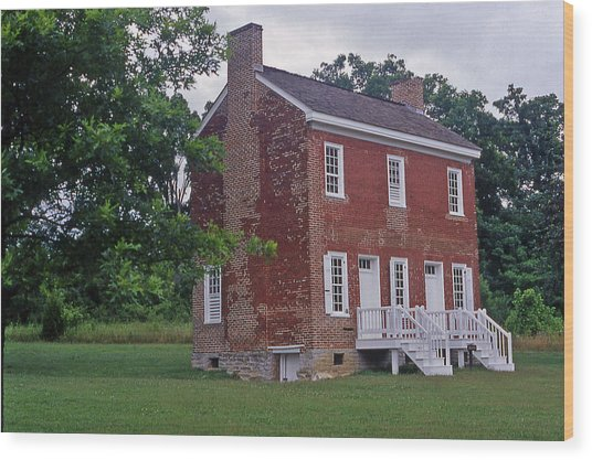Natchez Trace Gordon House - 2 Wood Print by Randy Muir