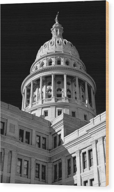 Near Infrared Image Of The Texas State Capitol Wood Print by David Thompson