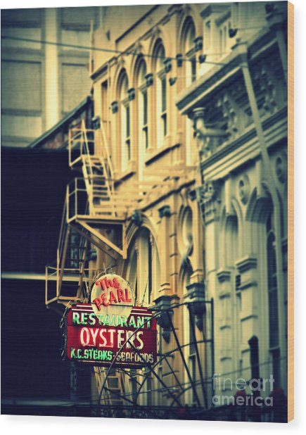 Neon Oysters Sign Wood Print