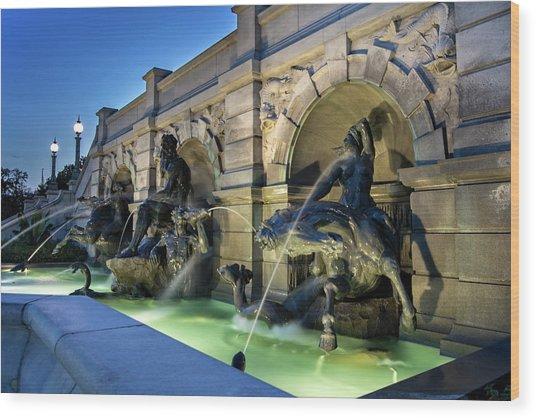 Neptune Fountain Wood Print