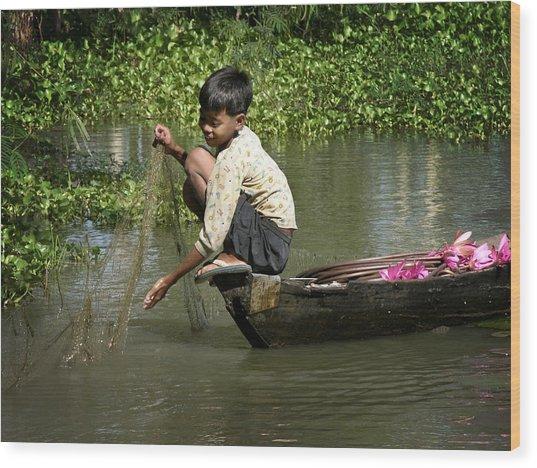 Net Fishing In Cambodia Wood Print