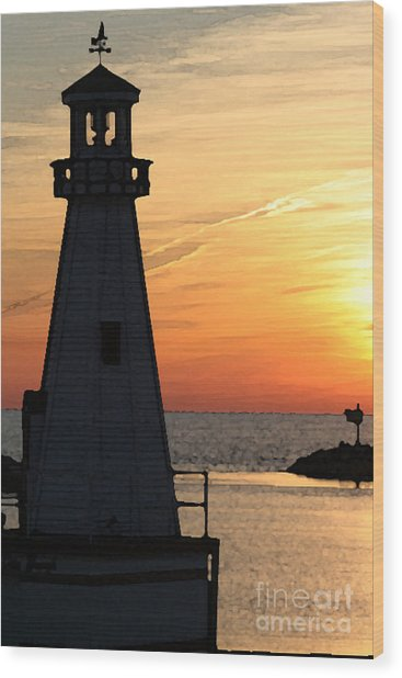 New Buffalo Lighthouse At Sunset Wood Print by Christopher Purcell