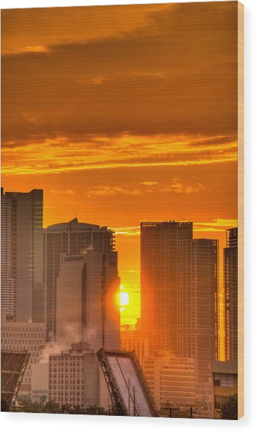 New Day In The City Wood Print by William Wetmore