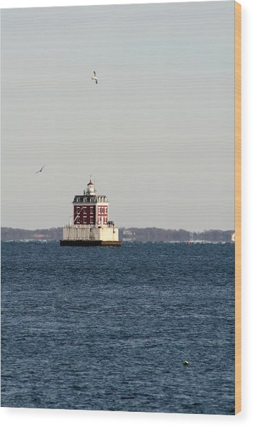 New London Lighthouse Wood Print by Gerald Mitchell