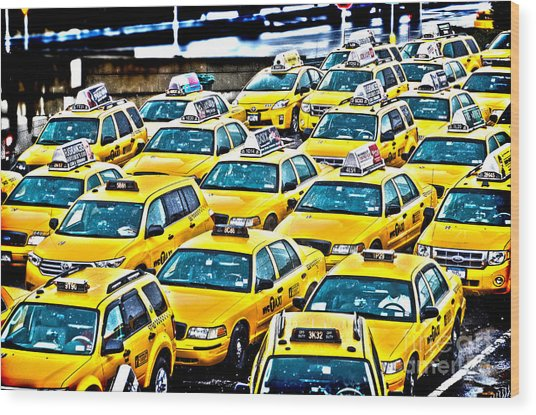 New York Cab Wood Print by Alessandro Giorgi Art Photography