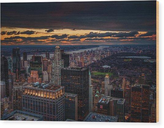New York Gold Wood Print