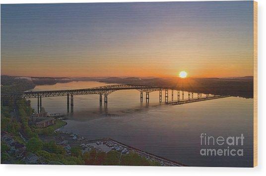 Newburgh-beacon Bridge May Sunrise Wood Print