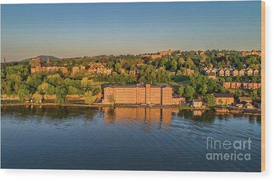 Newburgh Waterfront At Sunrise 2 Wood Print