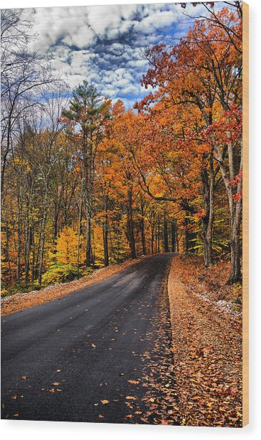 Nh Autumn Road 3 Wood Print