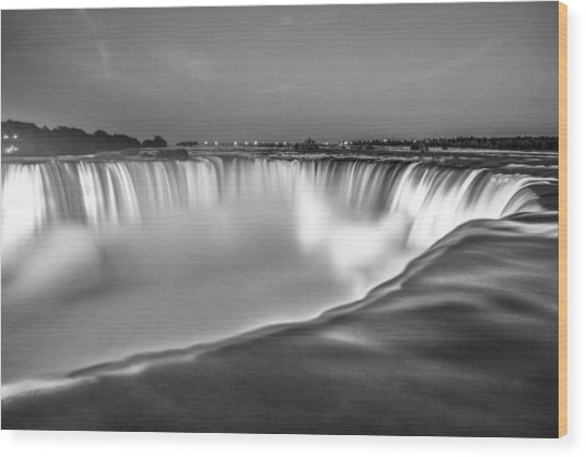 Niagara Falls In Black And White  Wood Print