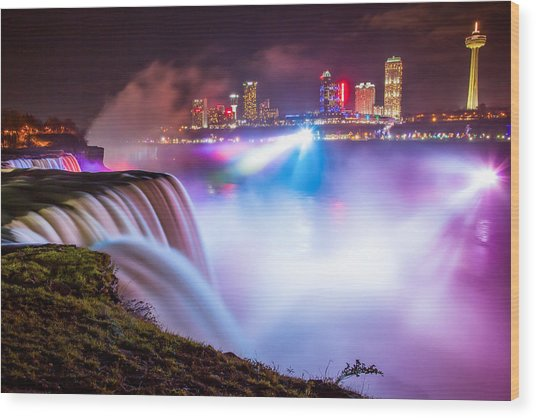 Niagara Night Wood Print