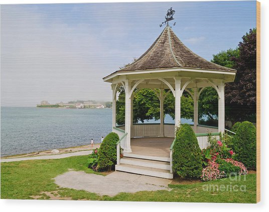 Niagara On The Lake Gazebo 2014 Wood Print