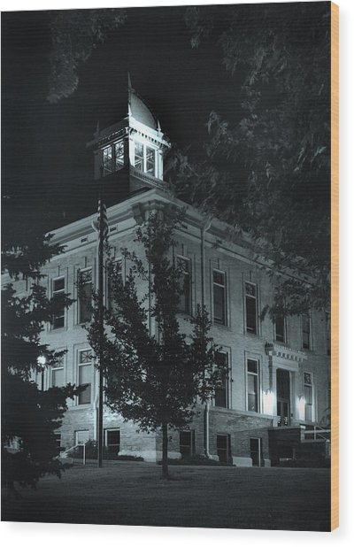Night At The Court House Wood Print by Jim Furrer