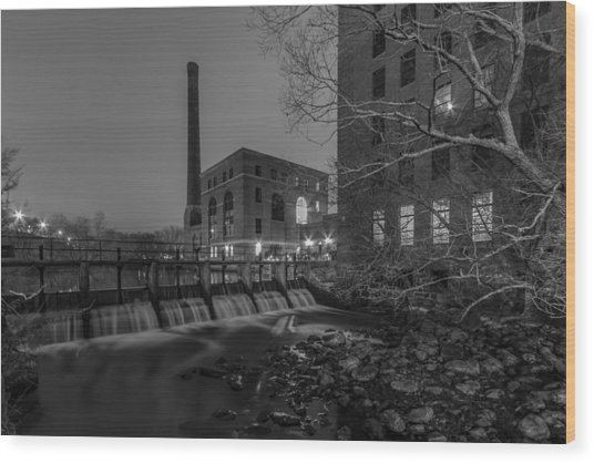 Night At The River 2 In Black And White Wood Print