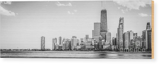 North Chicago Skyline Panorama In Black And White Wood Print