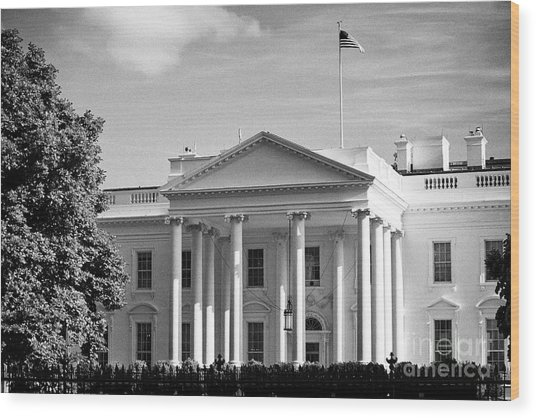 north facade of the White House with flag flying Washington DC USA Wood Print