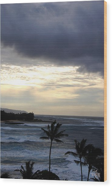 North Shore Morning Wood Print by Thea Wolff