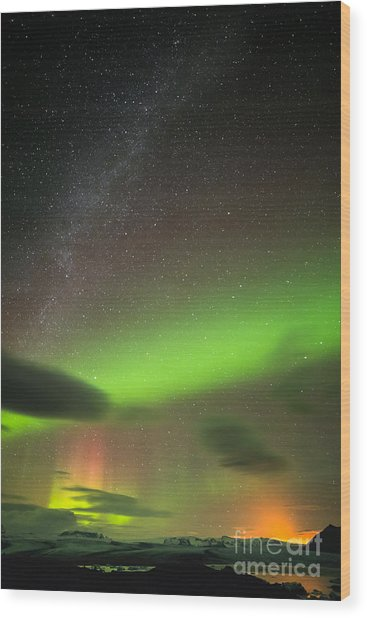 Northern Lights 8 Wood Print