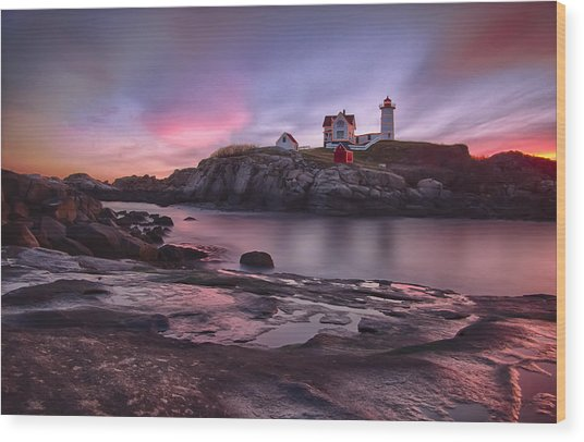 Nubble Lighthouse At Sunrise York Me Wood Print