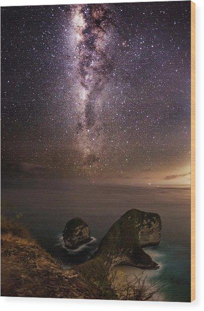 Wood Print featuring the photograph Nusa Penida Beach At Night by Pradeep Raja Prints