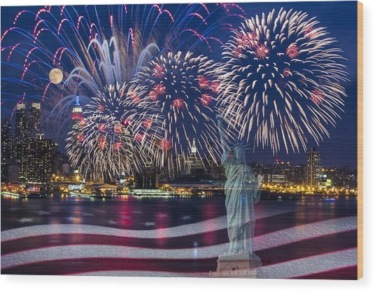 Nyc Fourth Of July Celebration Wood Print