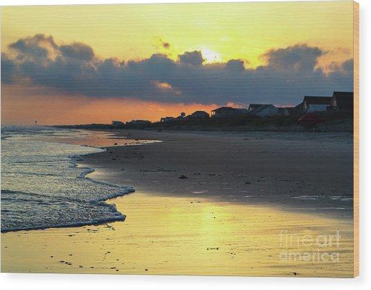 Oak Island Yellow Sunset Wood Print