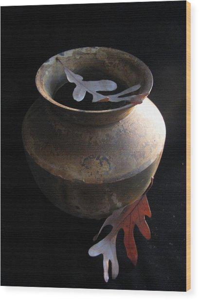 Oak Leaves And Urn Wood Print
