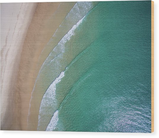 Ocean Waves Upon The Beach Wood Print