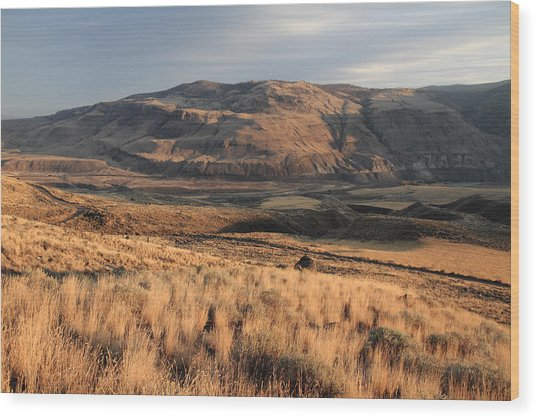 Okanagan Valley Sunset Glow Wood Print by Pierre Leclerc Photography